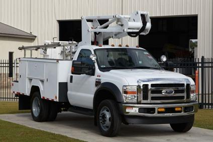 $62,500 ETI ETC35SNT  2009 Ford F450 4X4 Bucket Truck