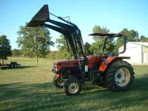 6211 Zetor Tractor with loader 65 hp  nice condition - $6950 (Hulbert)