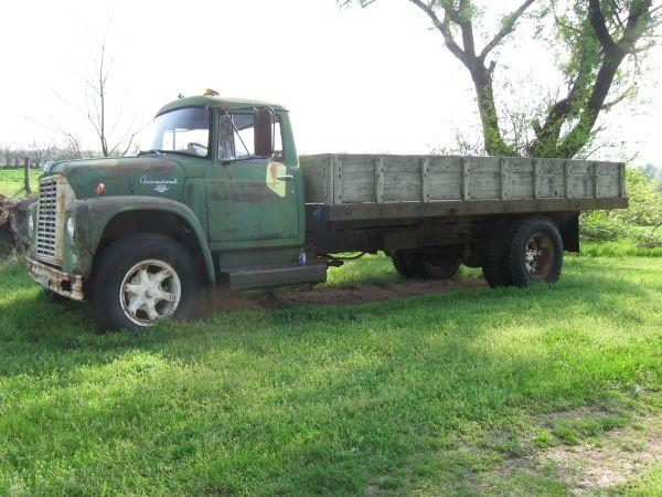 63 international dump truck monett for sale in springfield missouri classified. Black Bedroom Furniture Sets. Home Design Ideas