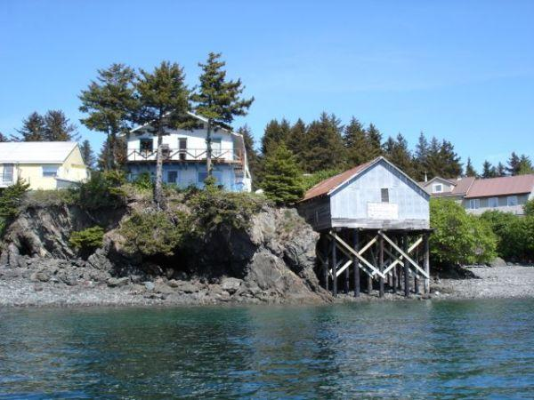 5br waterfront halibut fishing lodge seldovia map for Fishing lodge for sale