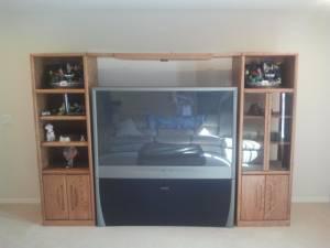 65 inch big screen tv entertainment center wall unit obo winter garden for sale in orlando. Black Bedroom Furniture Sets. Home Design Ideas