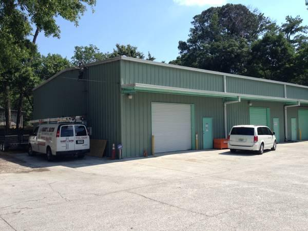 1500ft warehouse cheap rent great location for sale for 18 ft garage door for sale