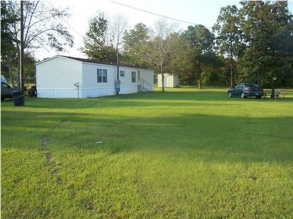 $650 / 3br - 1280ft² - 16x80 3/2 covered porch & shed