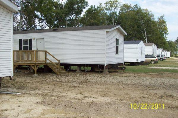 3 Bedroom Mobile Homes With Playground In A