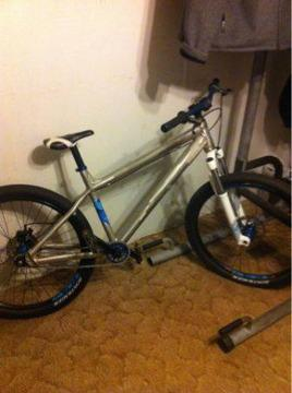 $650 Trek ticket dj mountian bike (Draper lake)