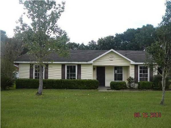 - $65000 / 3br - 1290ft² - HUD Home in Ponderosa