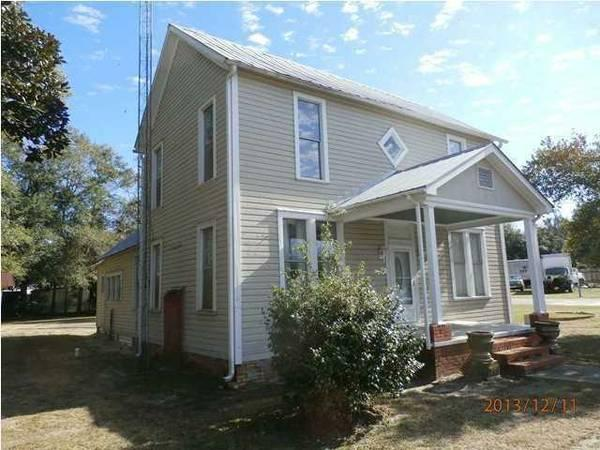 $65000 / 3br - 1756ft² - Don't let this historic home