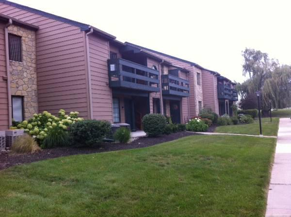 Stone Pointe Village Apartments Fort Wayne Indiana