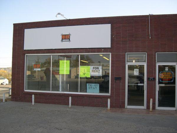 $695 / 1450ft² - Office/Retail (209 E Broadway)
