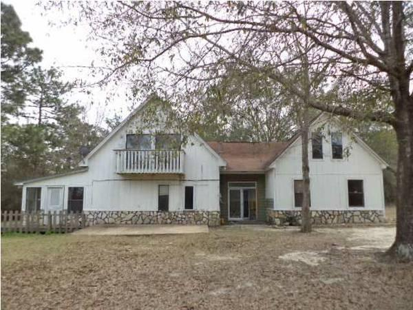 - $69900 / 4br - 2435ft² - FORECLOSURE!! LAKEFRONT 4BR