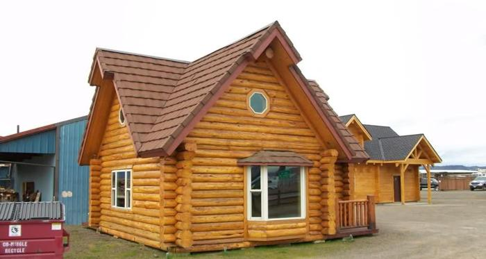 600ft Custom Log Cabin Needing Property Rogue