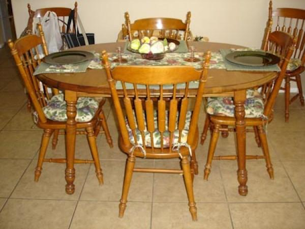 antique penn table company walnut dining table and chairs 6ft Dining Table