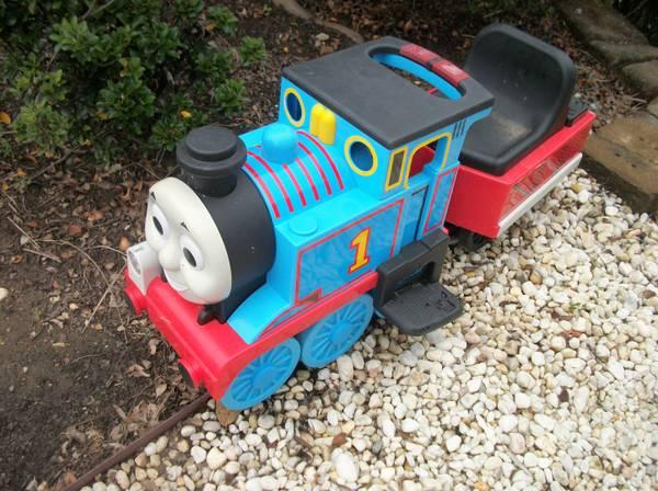 6v And 12v Power Wheels Quot Thomas The Train Quot Ride On For