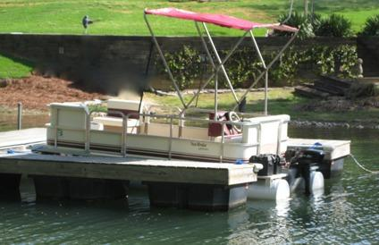 Obo 2004 godfrey pontoon boat with electric outboard for for Electric trolling motor for pontoon