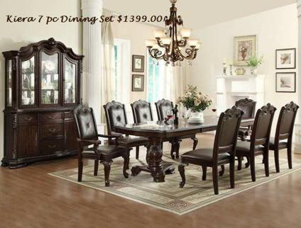 7 Piece Dining Room Table & Chairs