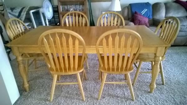 7 Piece Honey Oak Table U0026 Chairs Dining Set   $400