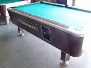 Valley Coin Operated Pool Table Has Had The Slate Replaced - Valley coin operated pool table