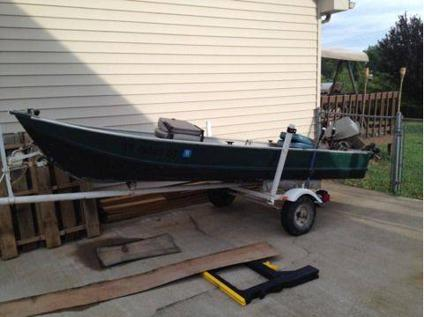 $700 14ft Jon boat/ Johnson 25hp (Fort Campbell)