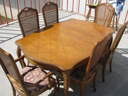 Obo Thomasville Furniture Dining Set