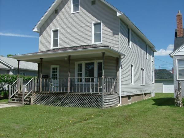 $74900 / 5br - 1729ft² - REDUCED!! Spacious 5 bedroom,