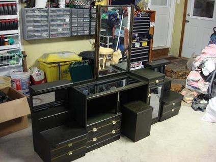 Obo Bedroom Vanity Set Makeup Vanity Set For Sale In Dubuque Iowa Classified