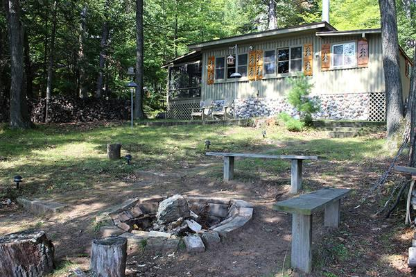$750 / 2br - Tomahawk Harley Fall Ride Rental