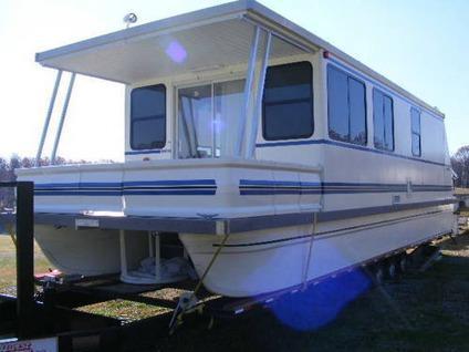 $79,999, 08 1242 Catamaran Cruiser Aqua Cruiser Houseboat on Summersville  Lake