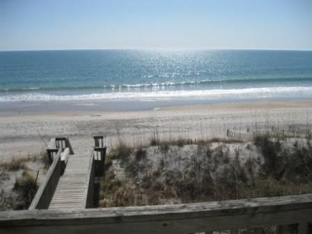 $795 / 4br - OCEANFRONT DUPLEX, PET STAAY FREE, SPECIAL