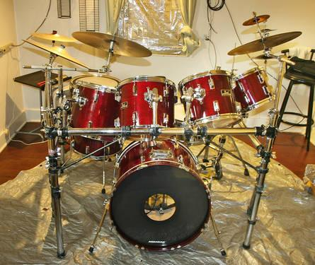 8 piece pearl export drumset with zildjian cymbals and cases for sale in clarksburg illinois. Black Bedroom Furniture Sets. Home Design Ideas