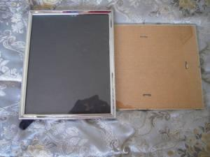 8 x 10 inch picture frames, great deal - $1 (Yakima)