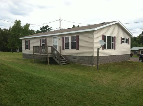 1150ft three bedroom house for rent in two harbors minnesota