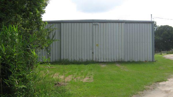 / 4000ft² - Commercial Metal Building (Ceader Creek area ...