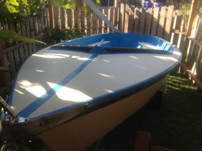 $800, Daysailor Vagabond 14 Sailboat