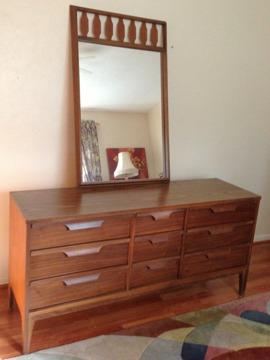 Obo mid century modern king bedroom set by johnson for Mid century furniture florida