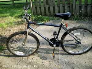 90's Huffy Santa Fe Mountain Bike 26in - (Beavercreek) for ...