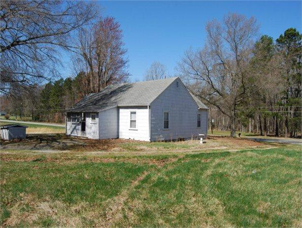 907 BerryHill Rd 1066 sq ft Single Family Home for Sale