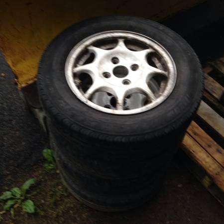 92-95 Civic 13 VX wheels honda rims set of 4 - $100