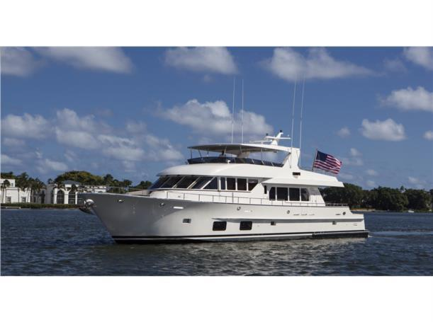 92 39 Paragon Motor Yachts 2015 92 Foot 2015 Yacht In Palm
