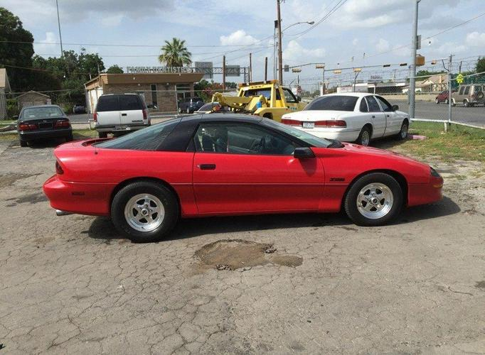 95 chevrolet camaro z28 runs and drives right now but will need work for sale in san antonio. Black Bedroom Furniture Sets. Home Design Ideas