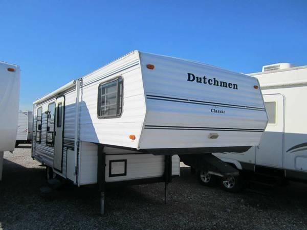 1995 Dutchmen 25 Foot Rear Home Fifth-Wheel - $4995