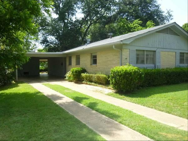 - $950 / 3br - 1001 BROWN ST-HOUSE FOR RENT BY OWNER