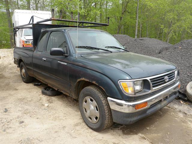 96 toyota tacoma xtracab 2wd quality used oem replacement parts for sale in new haven. Black Bedroom Furniture Sets. Home Design Ideas