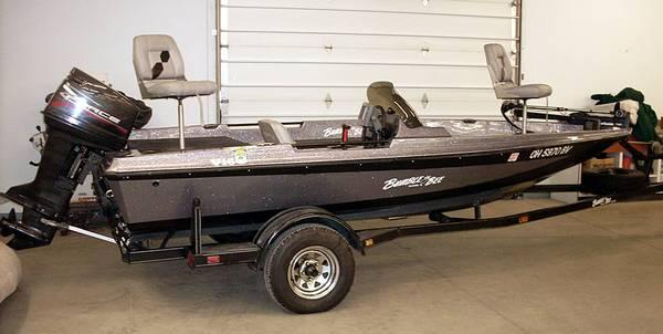 97 Bumble Bee V16 Bassboat With 75hp Force 24v Trolling