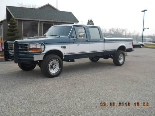 97 FORD F350 CREW CAB XLT 4X4 7.3 DIESEL! SOLID- NICE - RUST FREE! for