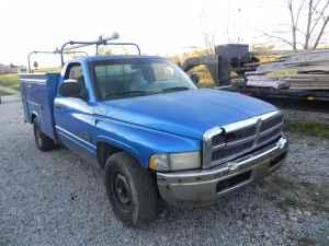 98 Dodge Ram 2500 Cummins http://louisville-ky.americanlisted.com/car-parts/98-dodge-ram-2500-cummins-body-bardstown_20203765.html