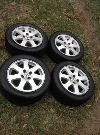 99 00 civic si wheels 205 50r15 nitto tires for sale in elkhart indiana classified. Black Bedroom Furniture Sets. Home Design Ideas