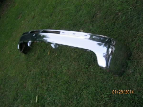 99-02 Chevrolet 1500 Chrome bumper - $100