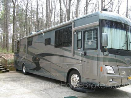 $99,990, 2004 Winnebago Vectra 40' Diesel Pusher w/2 Slides