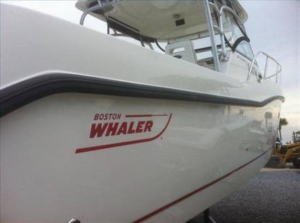 $99,995 2005 Boston Whaler 305 CONQUEST