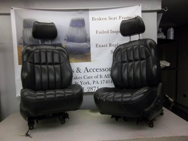 99 2004 jeep grand cherokee suv leather bucket seats entire vehicle for sale in york. Black Bedroom Furniture Sets. Home Design Ideas